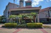 La Quinta Inn & Suites Orlando Convention Center Image