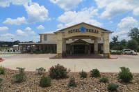 Hotel Texas Hallettsville Image