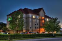 La Quinta Inn & Suites Pigeon Forge Image