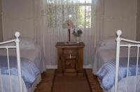 Cottage On Tottenham Image