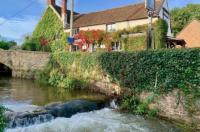 The White Horse Inn Image