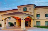 Quality Inn & Suites Glen Rose Image