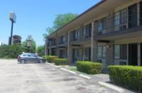 Park Ridge Inn Image
