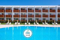 Sweet Residence & Gardens - Hotel Sottomayor Image
