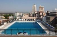 Hotel Emperador Image