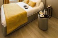 Pratic Hotel Image