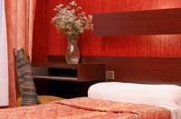 Hotel Camelia International Image