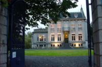 Au Château Des Thermes Image