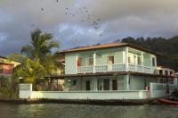 Casa del Rayo Verde, Hotelito Solidario Image