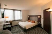 Inter Hotel Atrium Image
