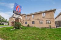 Motel 6 Windsor Image