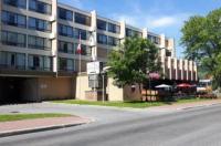 Greenwood Inn & Suites Image