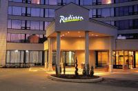 Radisson Hotel Toronto East Image