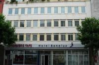 Hotel Benelux Image