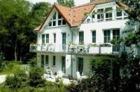 Waldhaus Mühlenbeck bei Berlin Image