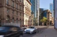 Innside Premium Suites Frankfurt Eurotheum Image