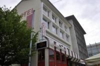 Hotel Restaurant Passage Image