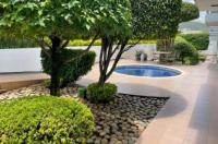 Hotel Horizon Morelia Image