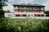 Alpenrose Bayrischzell Hotel & Restaurant Image