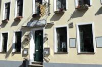 Romantisches Hotel Zur Traube Schwerin Image