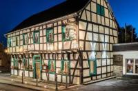 HOTEL GARNI ZUM SCHWAN WEILERSWIST-METTERNICH Image