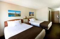 Riviera Motor Inn Image