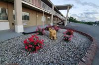 Big Spring Inn Madisonville Image
