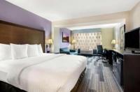 La Quinta Inn And Suites Springfield Airport Plaza Image