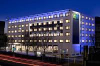 Holiday Inn Express Stuttgart Airport Image