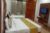 Hotel Rahul Palace Image