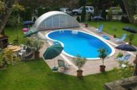 Hotel Manzard Panzio Image