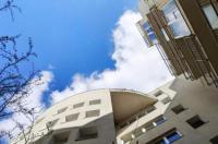 Akacfa Holiday Apartments Image