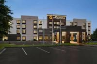 La Quinta Inn & Suites Newark - Elkton Image