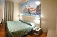Hotel Altieri Image