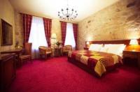 Hotel Rous Image