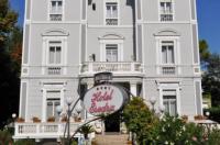 Esedra Hotel Image