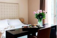 Sweet Hotel Image