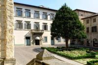 Hotel Tiferno Image
