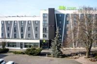 Rest Hotel Image