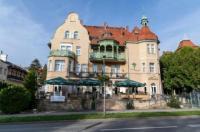 Hotel Amalia Image