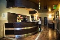 Hotel Monttis Image