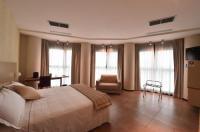Tatì Hotel Image