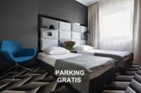 Hotel Apis Image