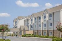 Microtel Inn & Suites By Wyndham Albertville Image