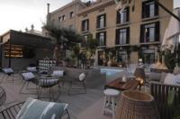 Hotel Oasis Image