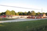 Skyways Motel Image