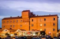 Hotel Palacios Image