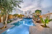 Petinos Hotel Image