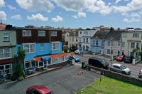 Berry Hotel Image