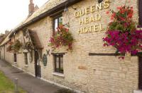 Queens Head Hotel Image